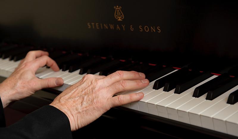 Robert Wyatt pianist